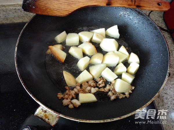 可乐鸡翅烧土豆的做法图解
