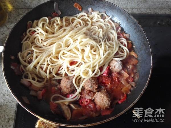 茄汁肉丸意面怎么煮