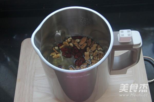核桃燕麦豆浆的家常做法