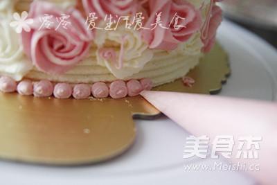 玫瑰花奶油蛋糕的步骤