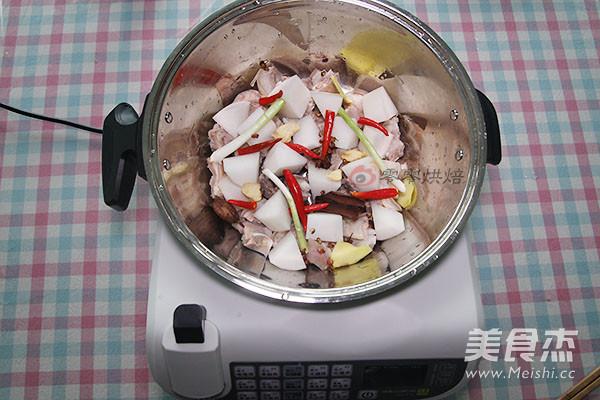 红烧羊肉萝卜的家常做法