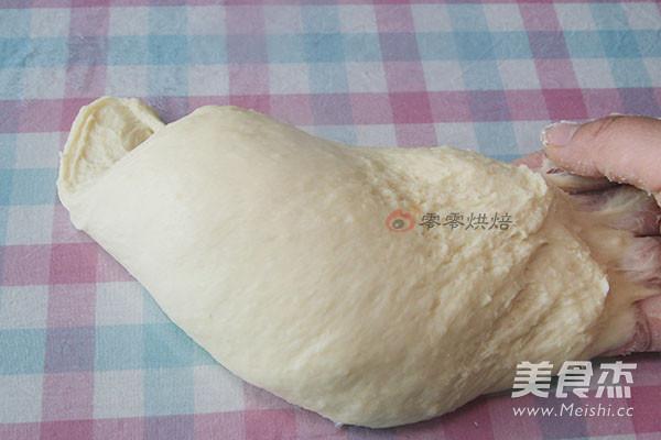 葱花火腿肠面包卷的简单做法