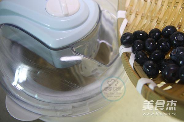蓝莓冰淇淋怎样炒