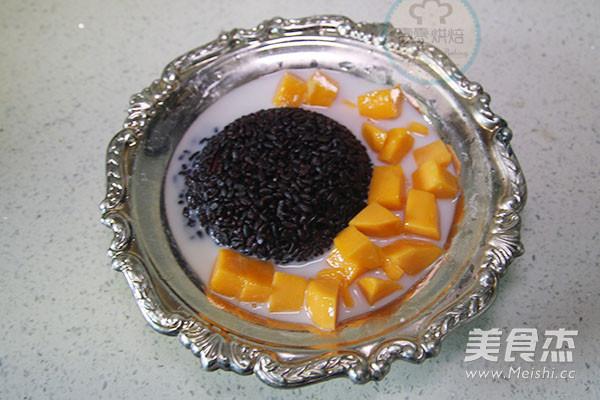 椰汁芒果黑米捞怎么炒
