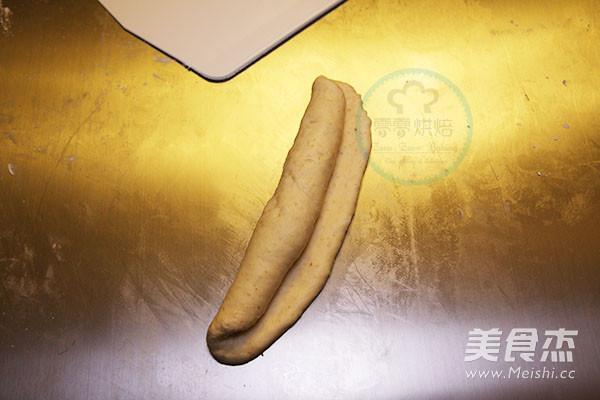 火腿肠面包怎么做