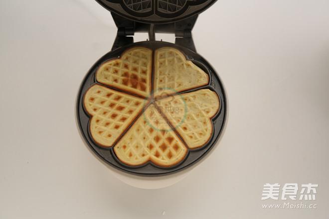 榛子华芙饼的制作