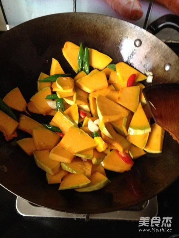 素食之— —蒜瓣南瓜的家常做法