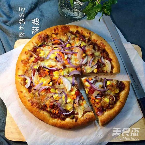 自制肉酱披萨成品图