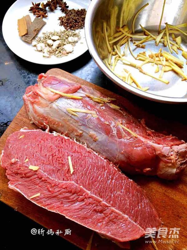 卤牛肉的步骤