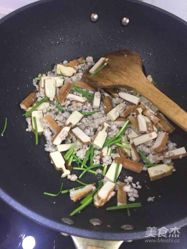 肉末蒜苗的家常做法