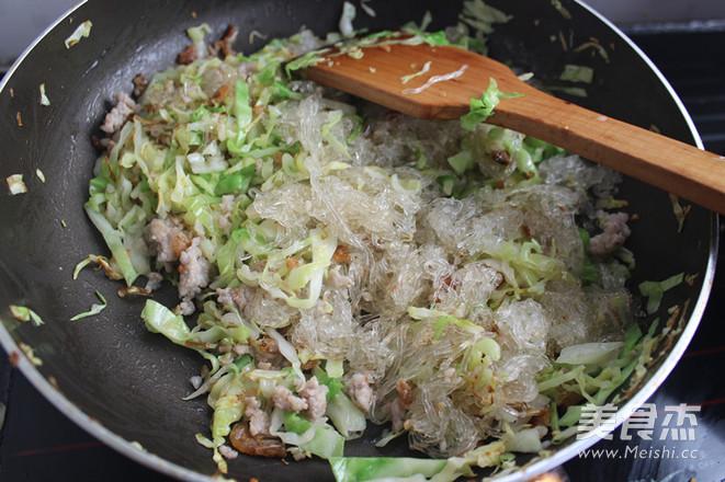圆白菜炒粉丝怎么煮