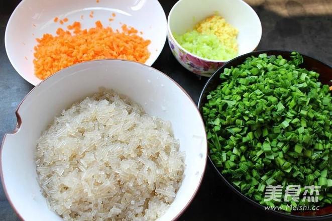 韭菜鸡蛋饺的家常做法