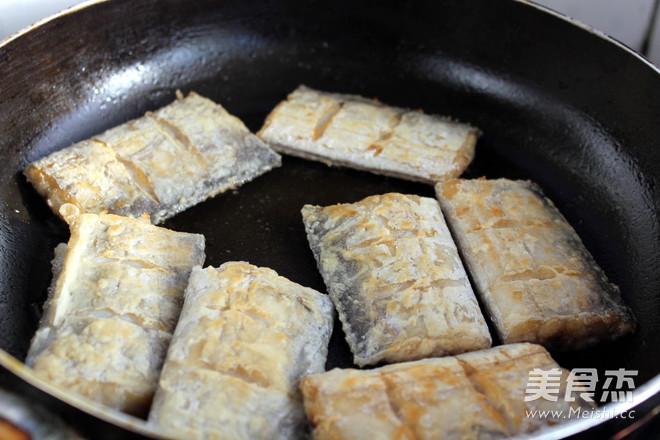 糖醋带鱼的做法大全