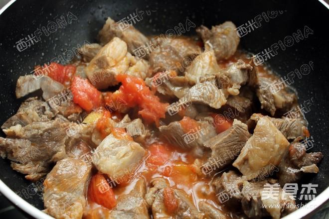 番茄红烩牛肉的家常做法