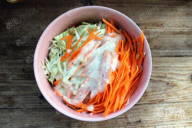 卷心菜沙拉怎么吃