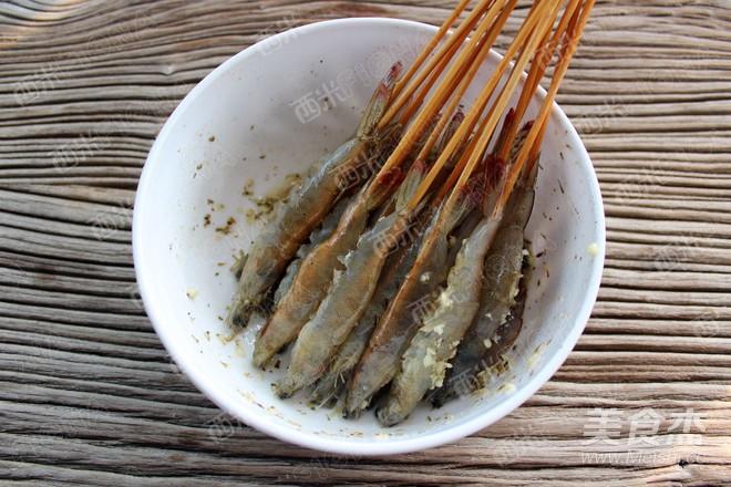 蒜香椒盐烤虾的简单做法