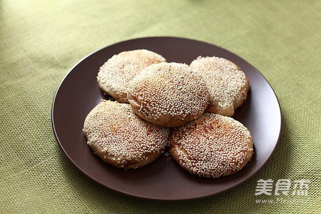老北京麻酱烧饼成品图