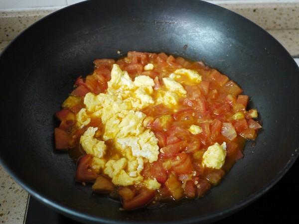 番茄鸡蛋挂面怎么炖