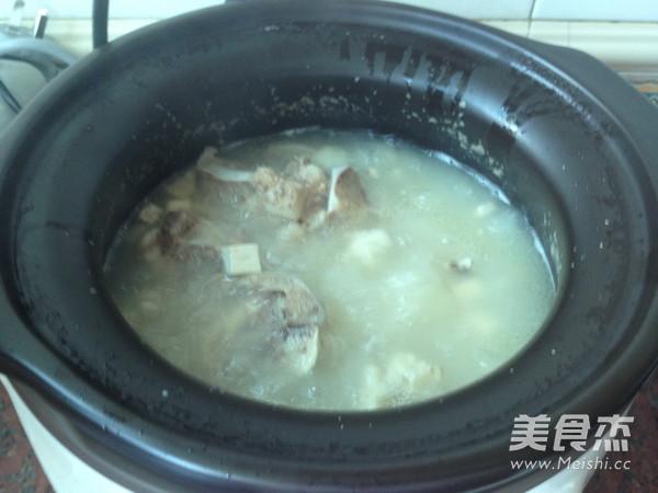 茯苓薏米猪骨汤怎么煮