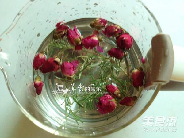 迷迭香玫瑰月季茶的做法图解