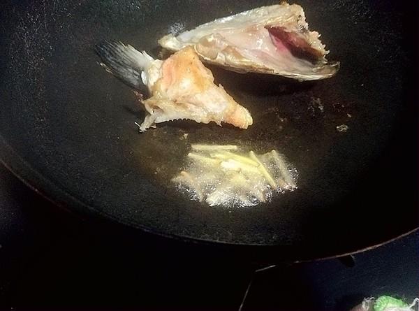 豆腐三文鱼头汤怎么炒