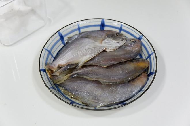 清蒸小鲳鱼的做法图解