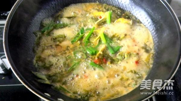 盐酸菜煮黄腊丁怎么炒