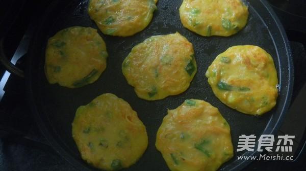 玉米面胡萝卜煎饼怎么做