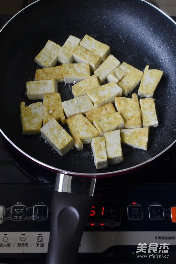 猪油渣烧豆腐的简单做法