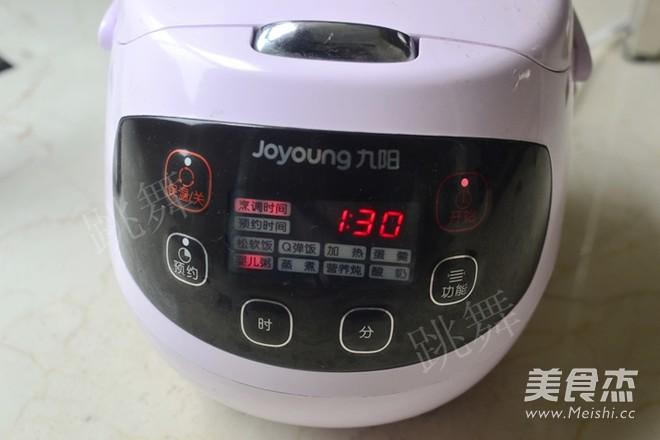 紫米桂圆粥的简单做法