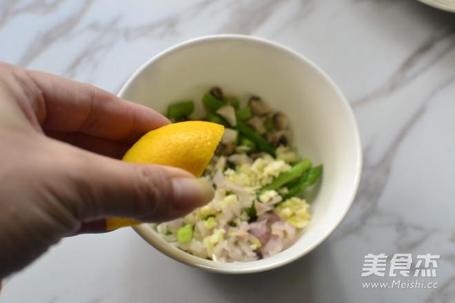 香草牛排佐芦笋蘑菇沙沙怎么做