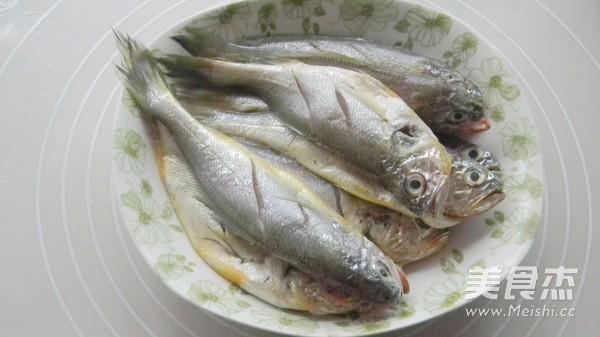 香酥小黄鱼的做法大全