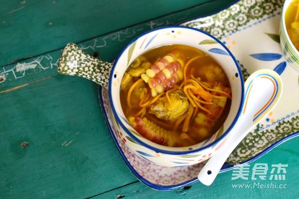 鲜虫草玉米煲排骨怎么吃