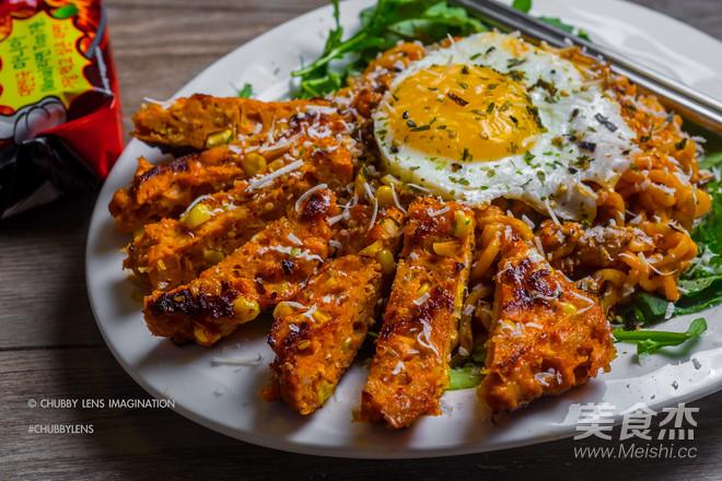 鸡胸脯肉玉米汉堡 + 韩式辣鸡面怎样煸