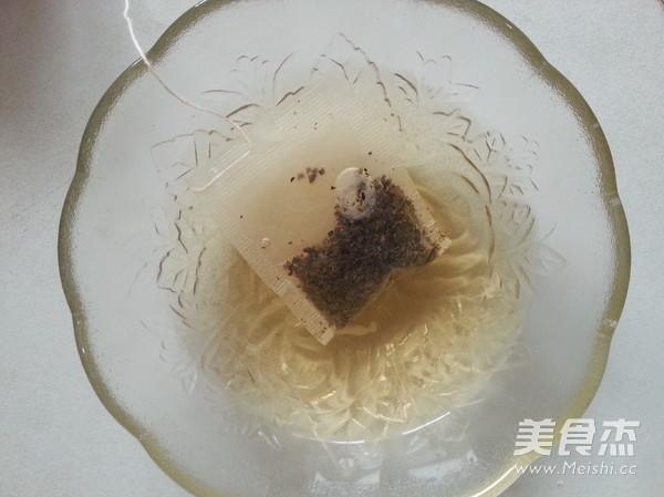 茶香虾仁番茄盅的家常做法