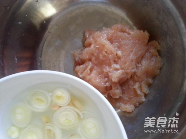 水氽鸡虾肉丸怎么吃