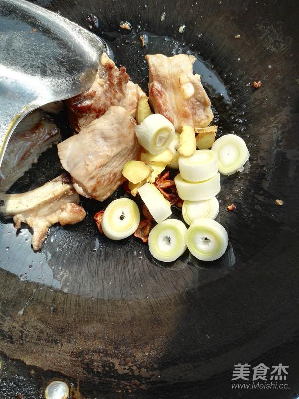 芸豆炖排骨怎么吃