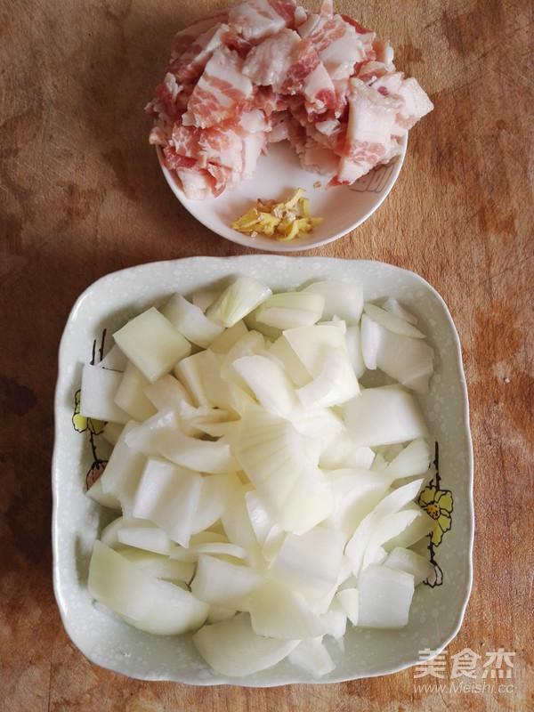 洋葱炒五花肉的做法图解