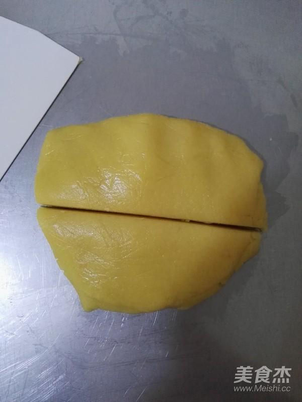 红豆沙广式月饼怎么吃
