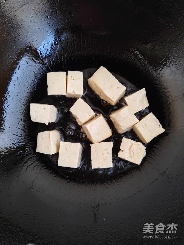 虾仁青椒炒豆腐的简单做法