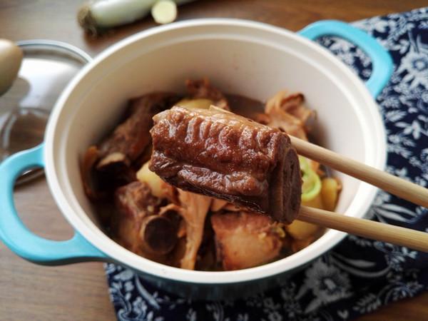 土豆栗蘑炖排骨怎样炒