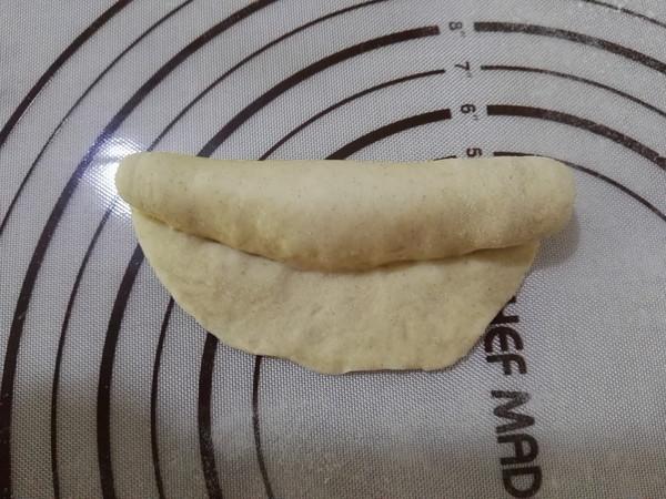 褐麦麻花辫面包怎么煸