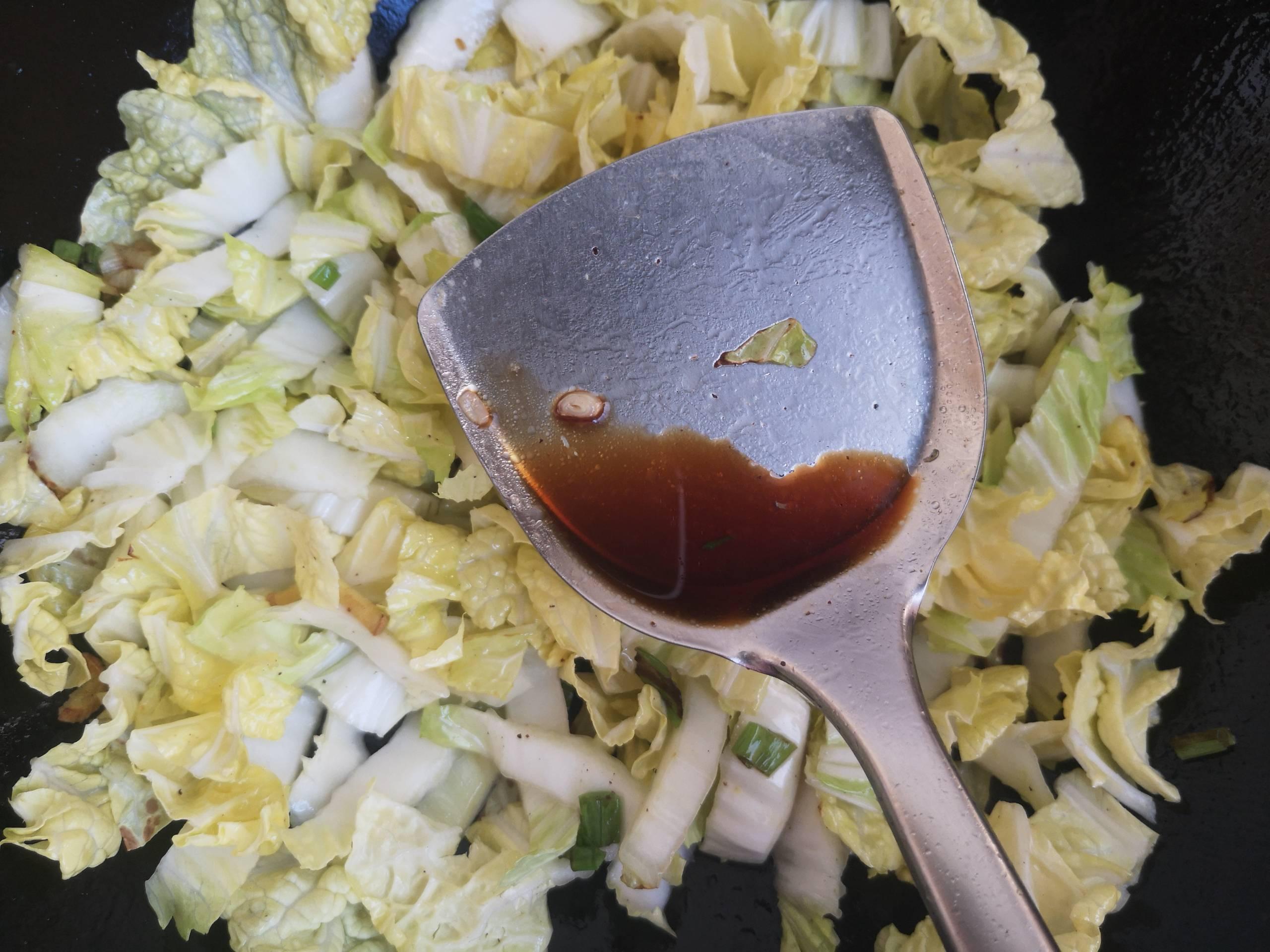 土豆炖白菜怎么吃