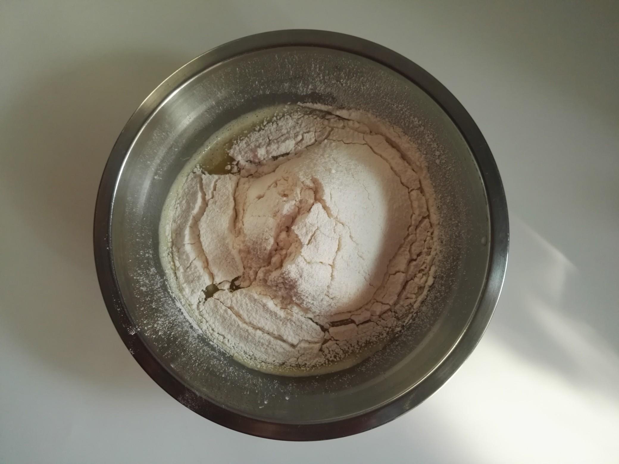 香甜松软的香蕉泥华夫饼,吃一次常想着,家人总是让我做怎么吃