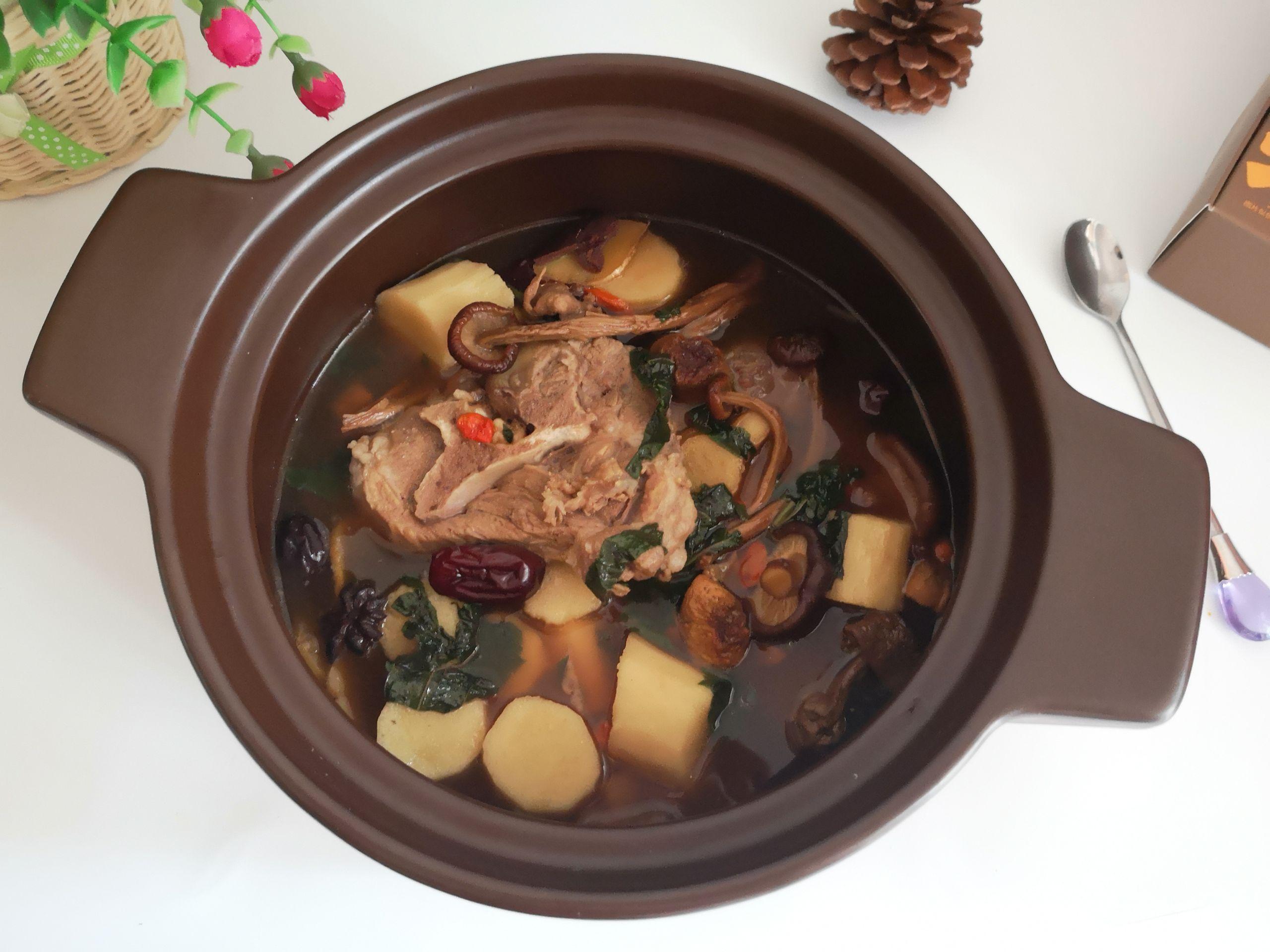 清淡鲜美的猪骨汤,炎炎夏日解馋又清心怎么炖