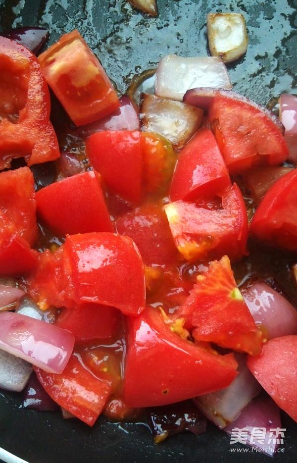 番茄牛腩煲的简单做法