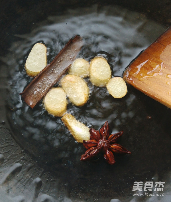 上海酱油鸭腿的家常做法