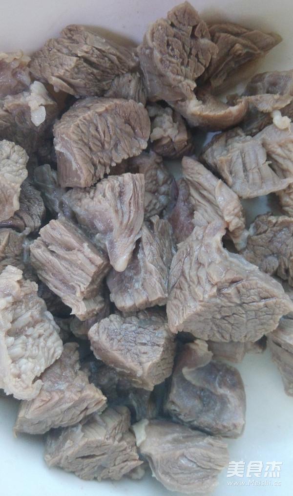 海带土豆煲牛腩的简单做法
