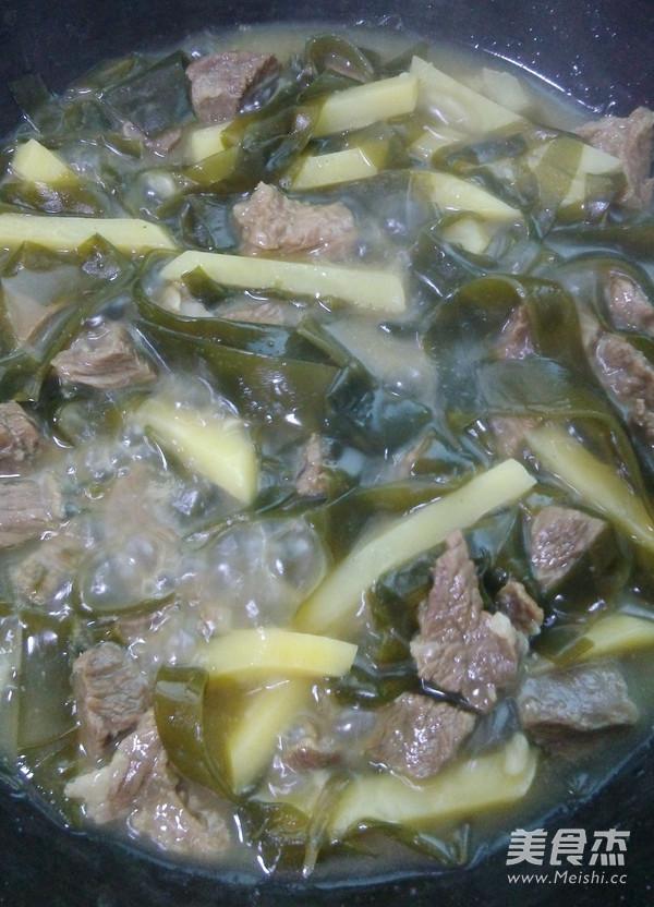 海带土豆煲牛腩怎么炖