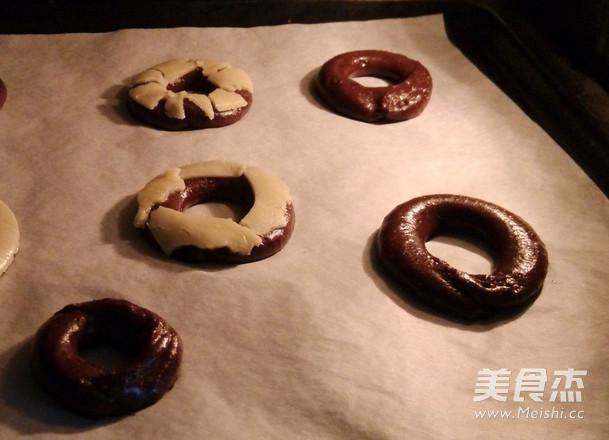 巧克力甜甜圈泡芙的家常做法